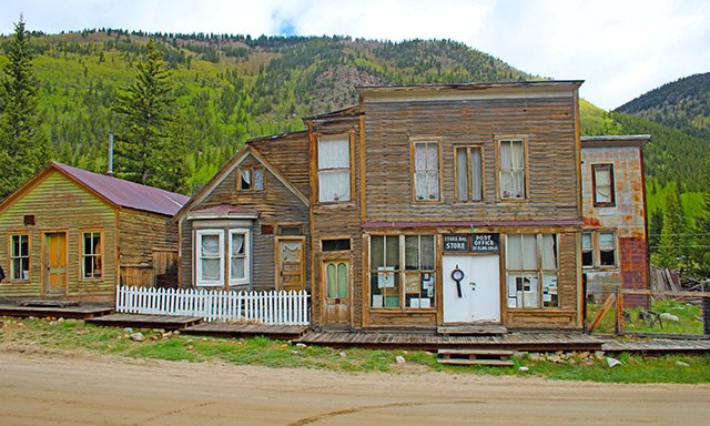 MUSEUMS & GHOST TOWNS